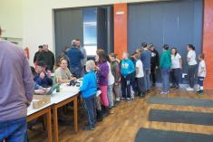 Na registraci si děti vystály frontu
