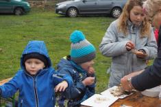 Dětem pečené ryby chutnaly