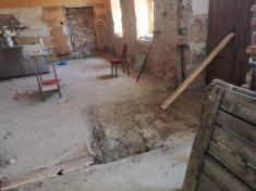 Bourací práce uvnitř budovy