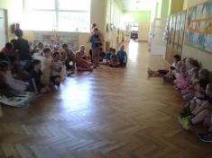 Děti si pronás dokonce připravily pohádku plnou písní.